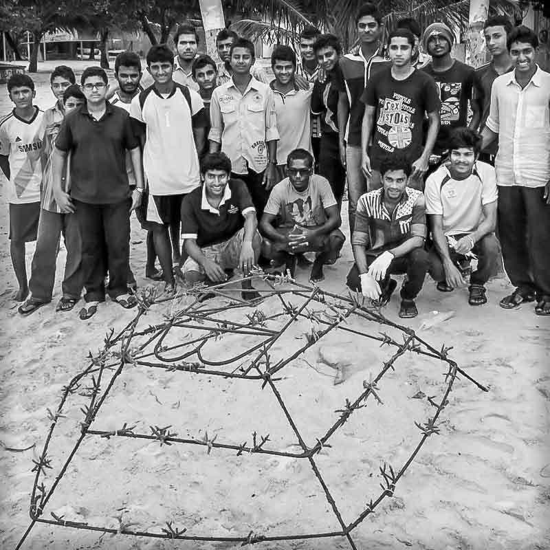 Kendhoo - experimental coral frame by the youth team