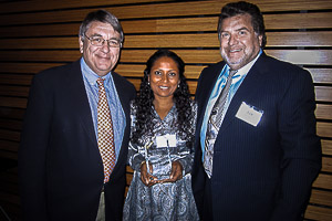 Marie Saleem receiving the Seacology 2013 award