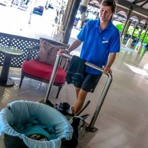 Nao the rescued Hawksbill turtle – VIP transfer (Island Diary – May)