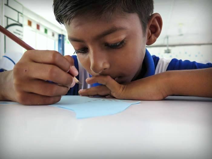 Bodu Huraa - school visit - 8