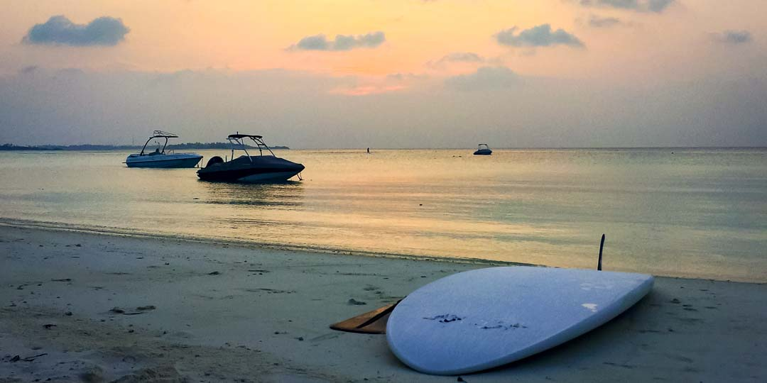 Emily's internship Marine Savers Maldives (0243) sunset beach