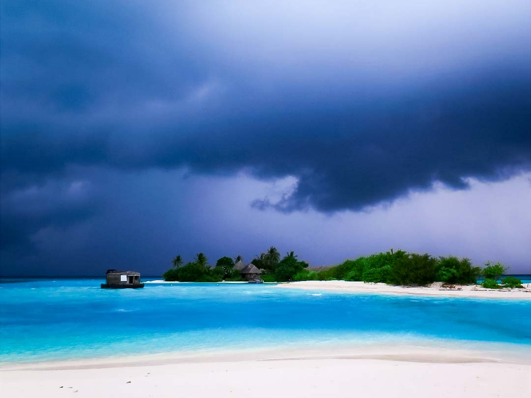 Irene internship - thunder clouds - Marine Savers Maldives