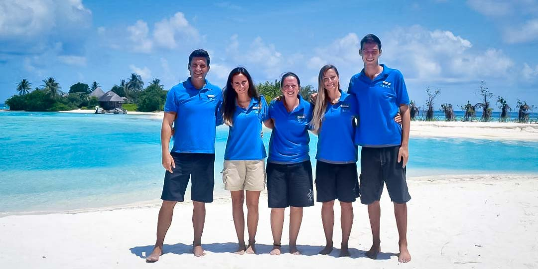 Irene's Internship - Marine Savers Maldives - team photo
