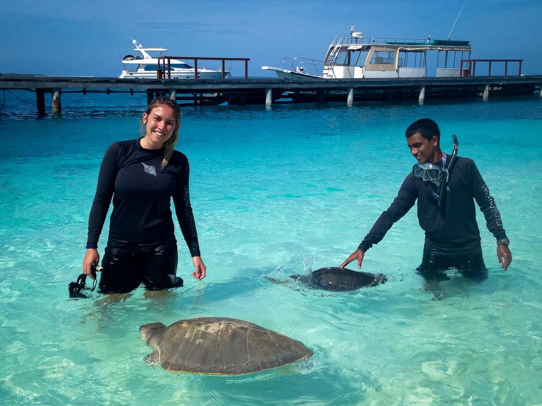 Varu and April – turtle rehabilitation Maldives ocean swim [1080]