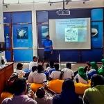 Kendhoo School visit to Marine Savers - presentation