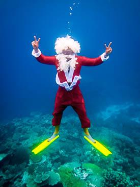 Reefscapers Santa at Kuda Huraa