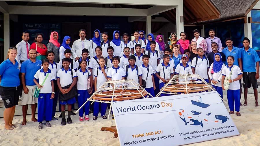 Kamadhoo School visits Marine Savers - group photo