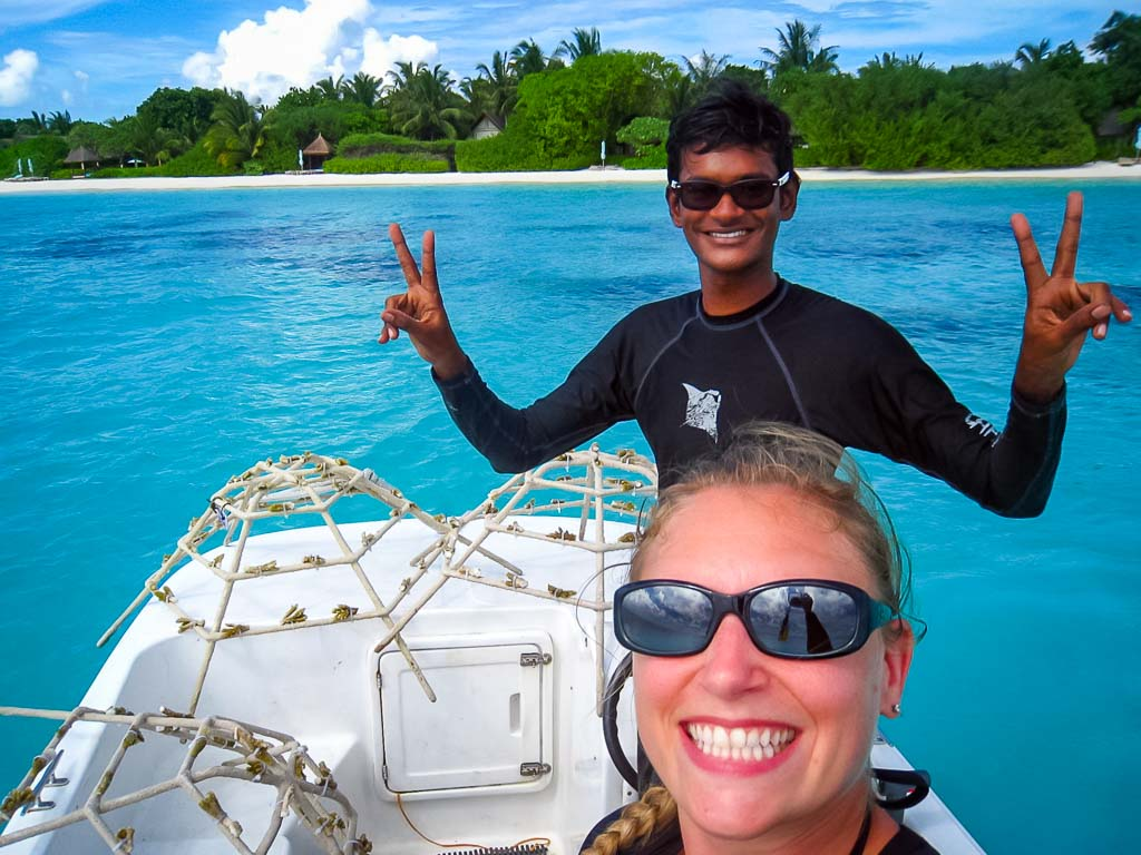 Lauren's blog - marine biology volunteer with Seamarc Maldives - Reefscapers coral frames boat selfie