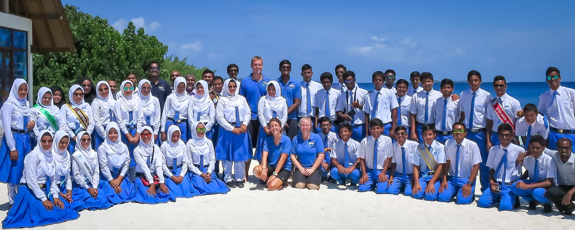 Kurendhoo School visit to Marine Savers Maldives