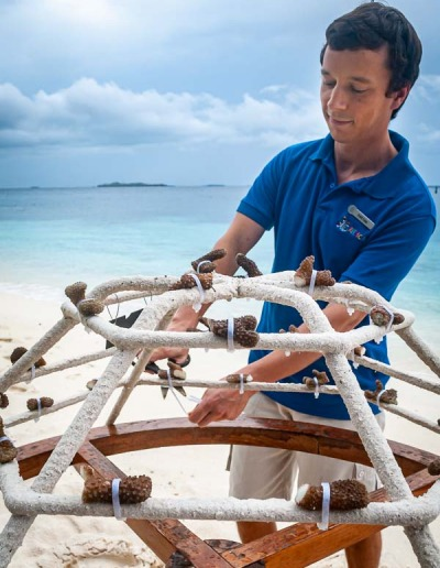 Reefscapers coral reef propagation frame transplantation Maldives